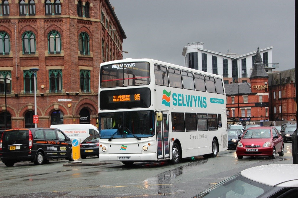 Selwyns private hire coaches