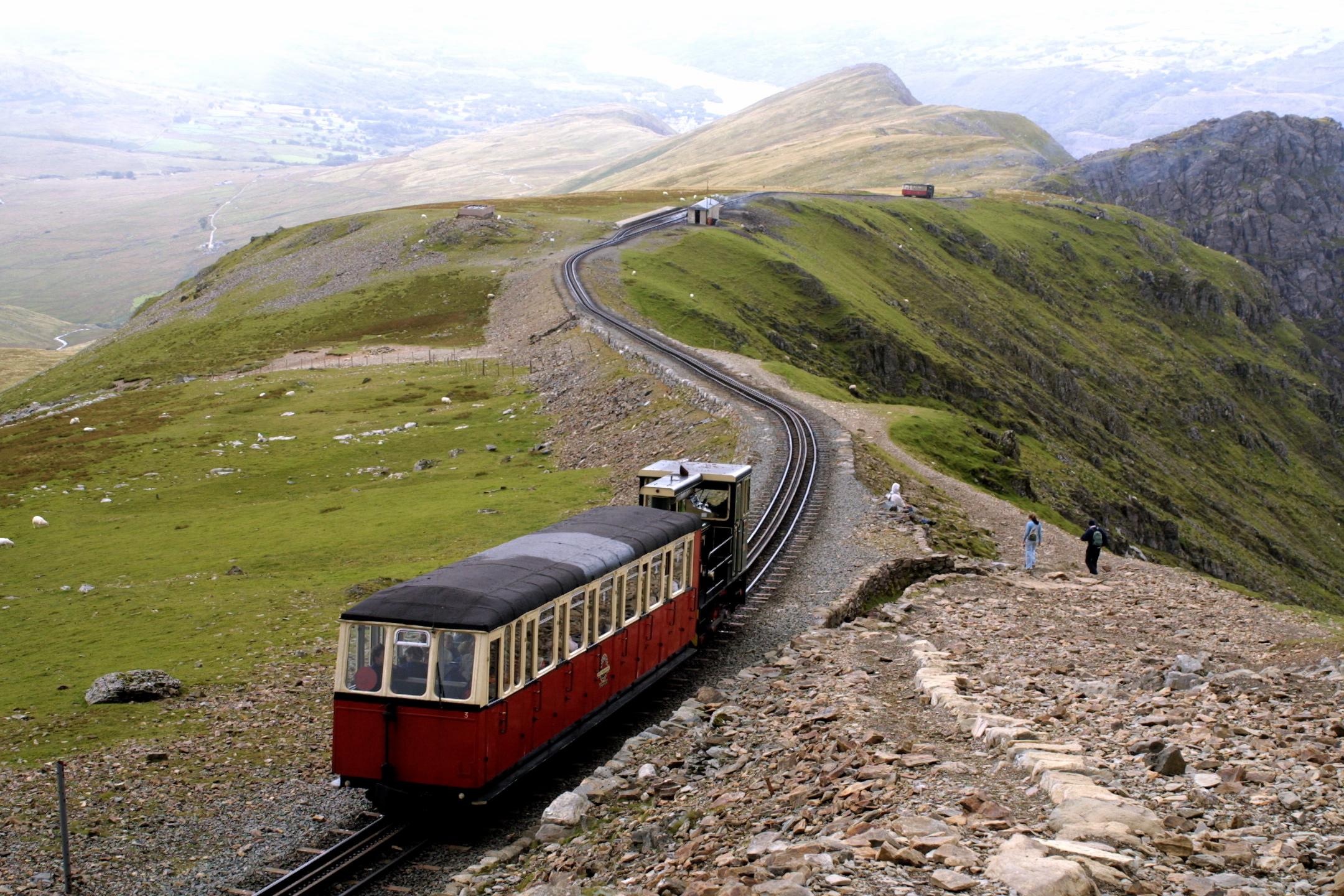 Selwyns-Day-Trips-Snowden-Mountain-Railway