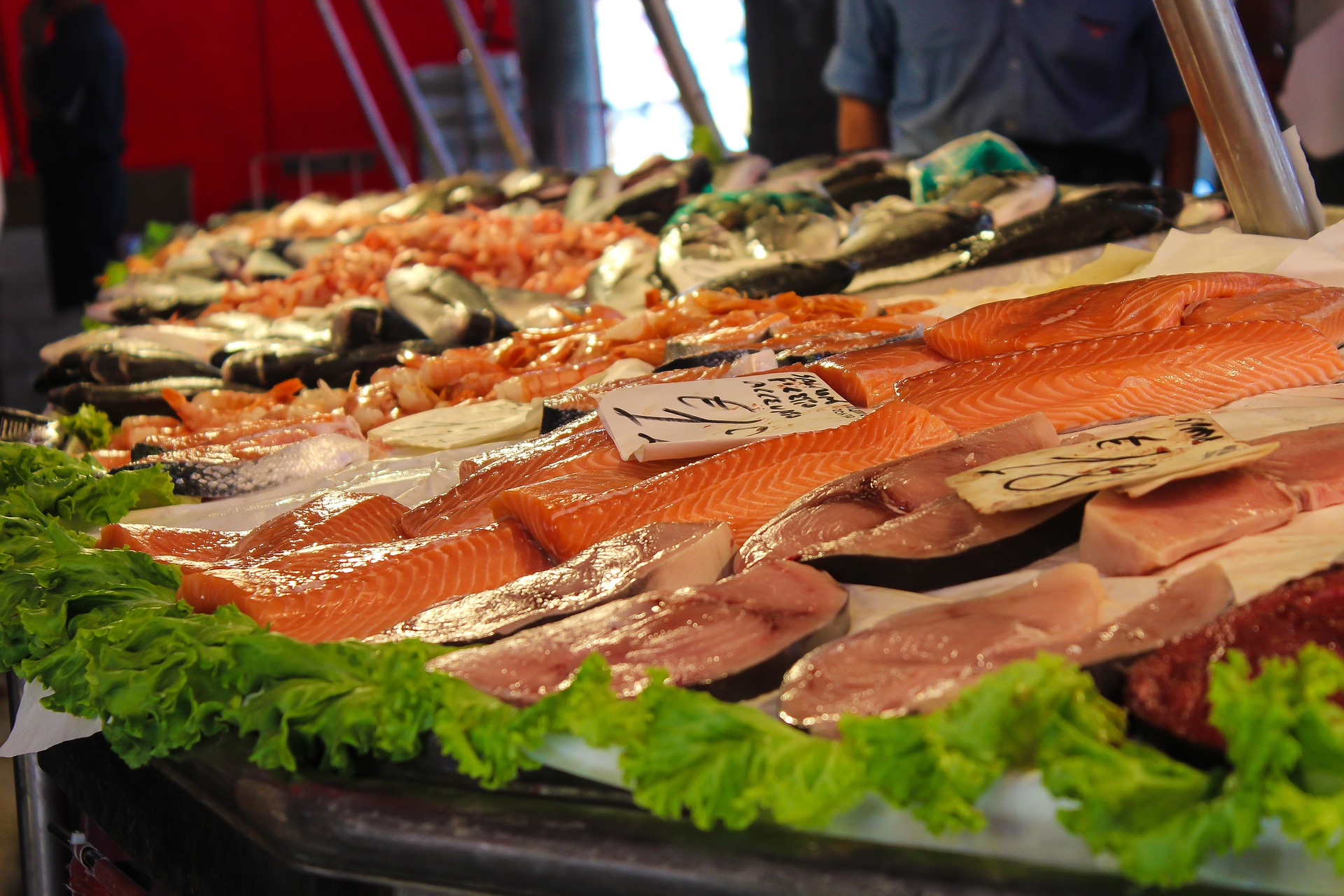 The centrepiece of Bury Market is a state of the art Fish and Meat Hall, where you will be entertained by the theatre of the stallholders shouting out their wares and announcing the 'deals of the day'.