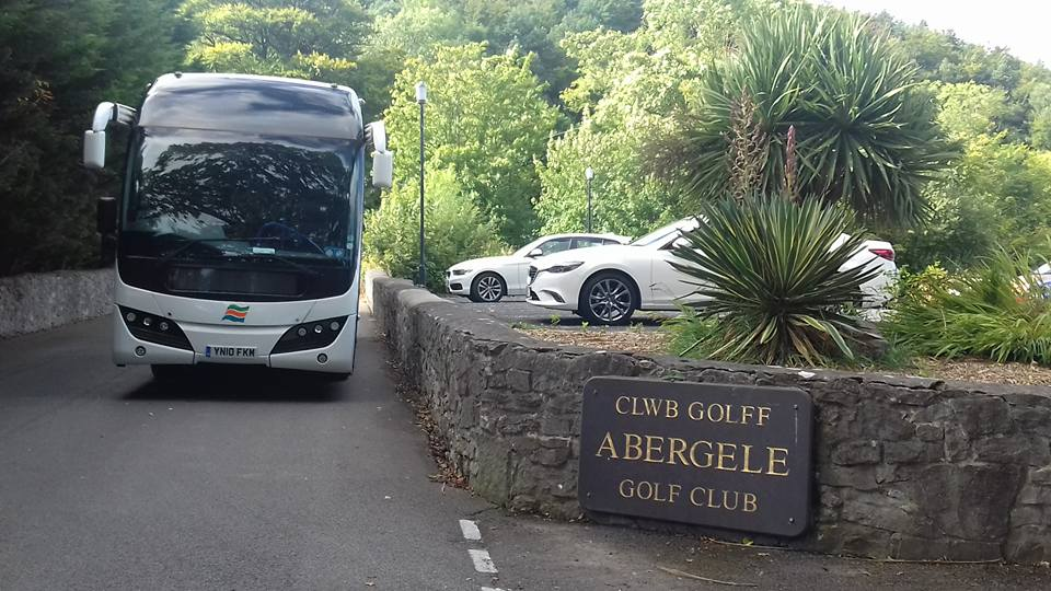 coach hire for golf clubs